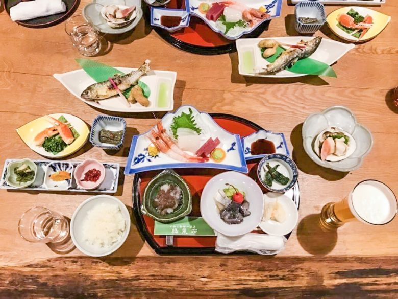 緑風荘の夕食